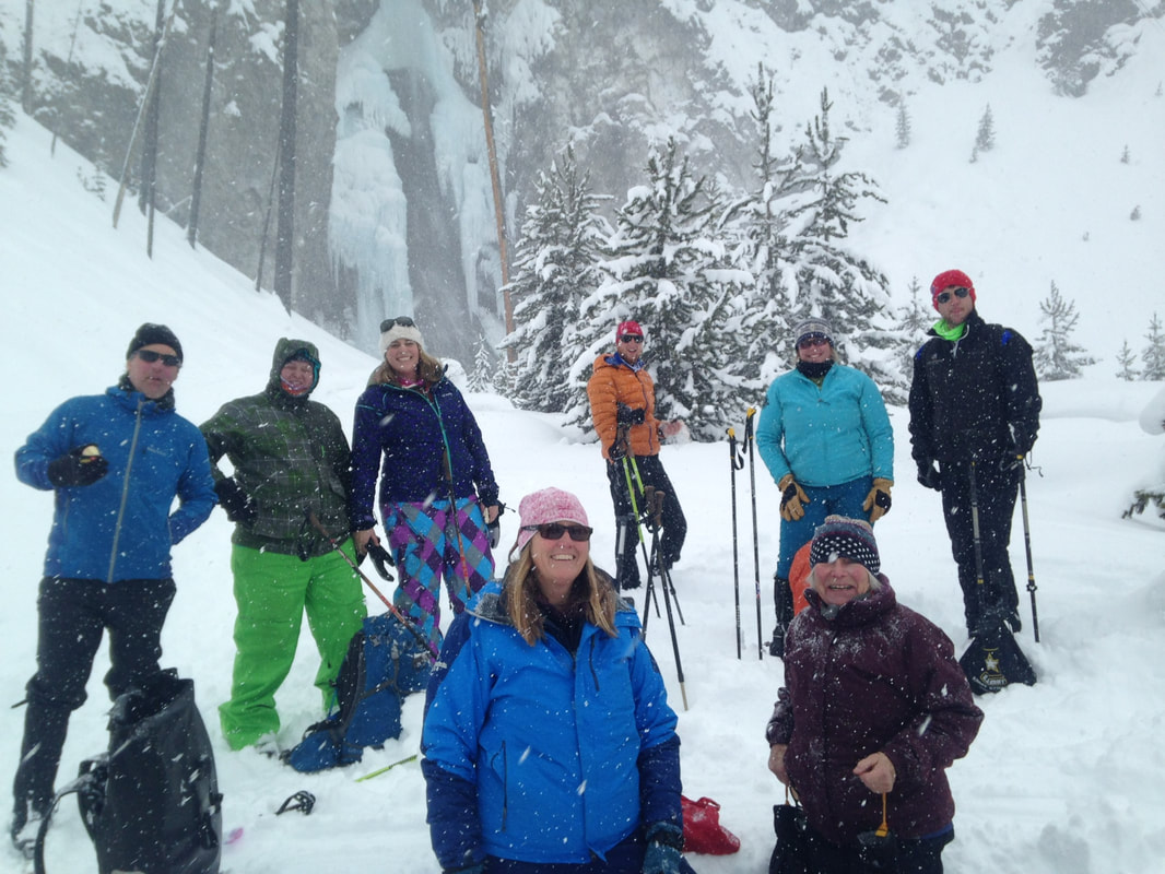 Group Winter Yellowstone Tours