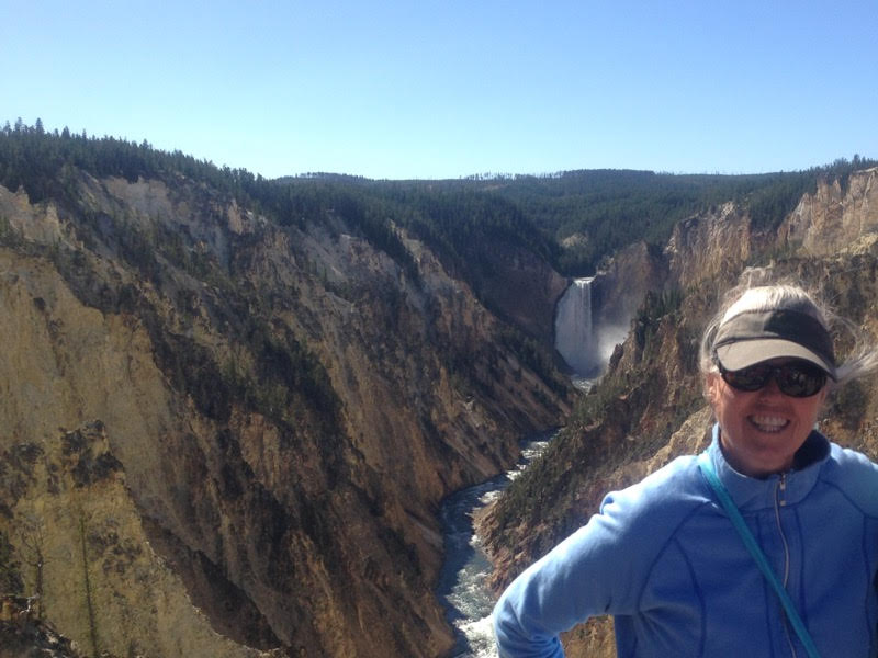 Best Yellowstone Tours and Guides